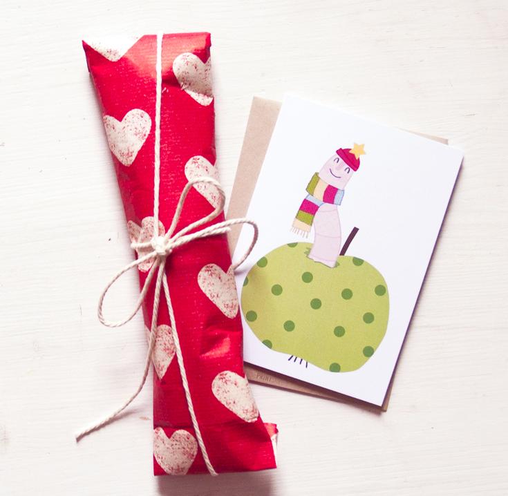 plush-greifling-regenwurm-kinderspielzeug-baby-spiel-tier-handmade-Greifwurm